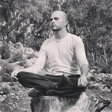 EMACHICLANA_Juanjose-delgado-Yoga